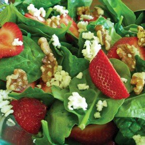 spinach_strawberry_salad_1